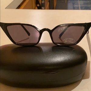 Zara Black cat-eye Sunglasses NWT